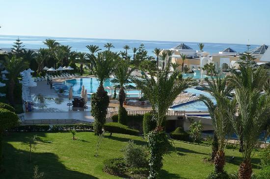 Les hotels 5 etoiles r servez partir de euro for Salon 5 etoiles tunisie